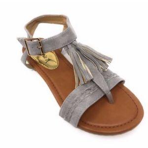 NWOB Victoria K Gray tassel and braided sandals